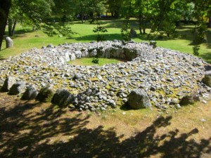 the clava cairns